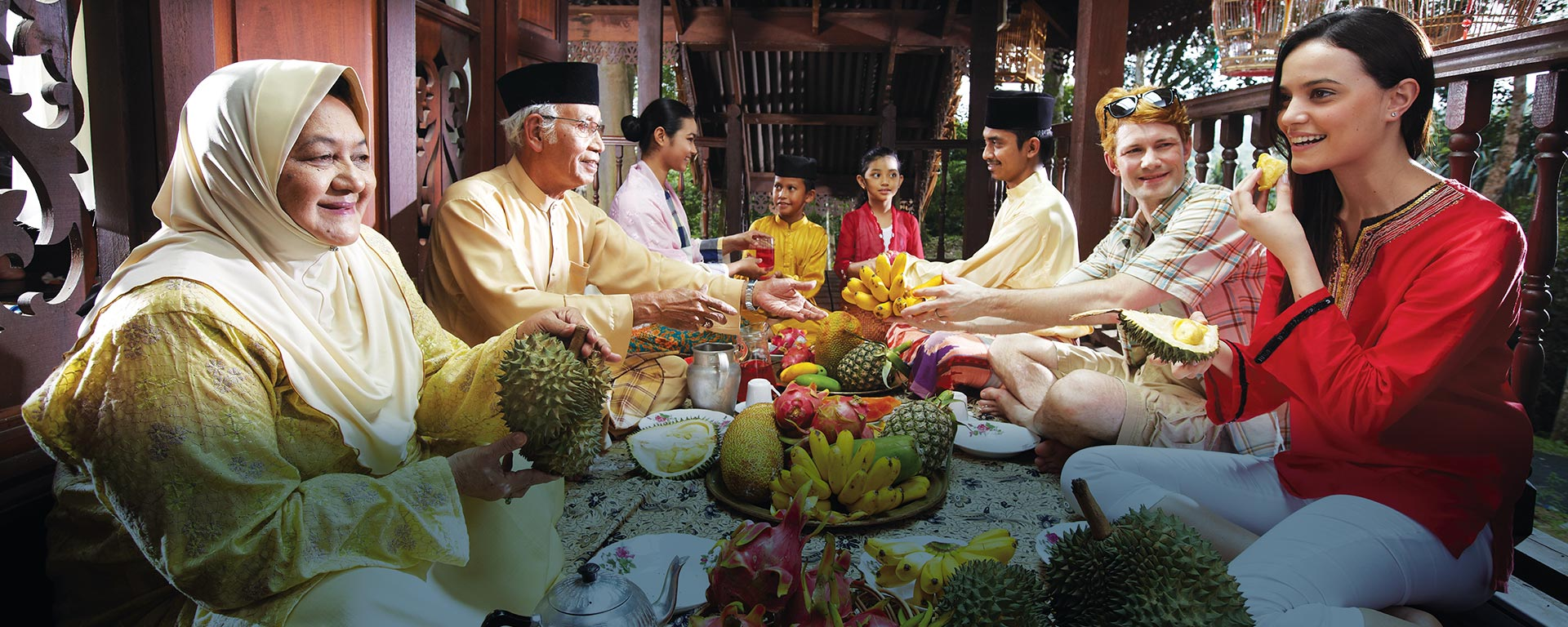 Welcome to the smiles and hearts of the Malaysian people. <div class='action'><a href='http://www.tourism.gov.my/index.php/niche/homestay' class='btn btn-danger btn-lg'>Join Us Now!</a></div>